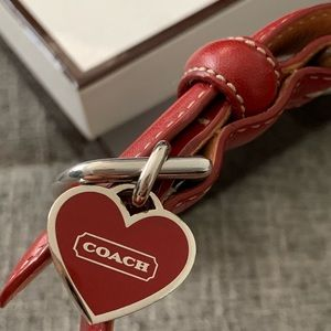 Coach dog collar with heart charm x small